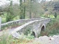 Brücke Ponte da Aspera am Jakobsweg kurz hinter Sarria