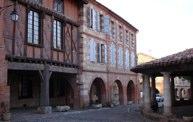 Auvillar-Place principale