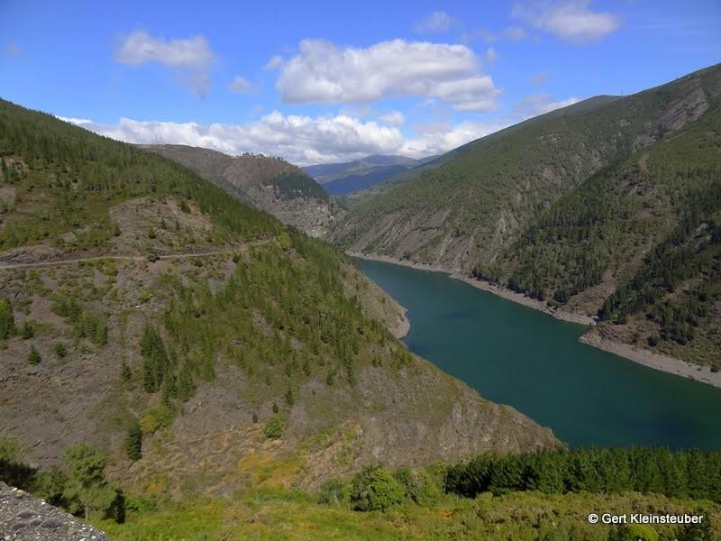 Aussicht beim Aufstieg nach Grandas de Salime