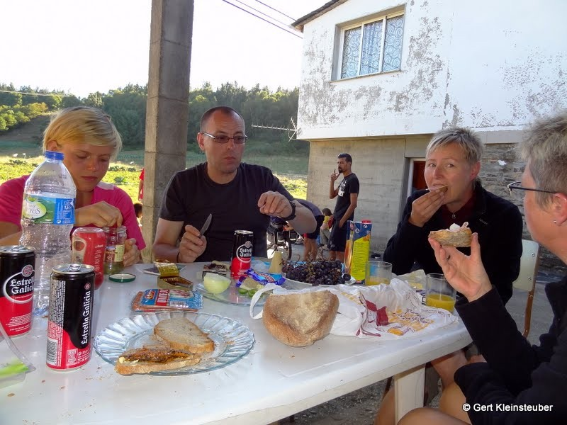 Abendessen in der Herberge Padron