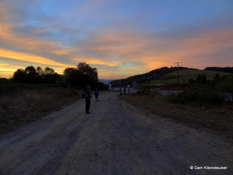 Sonnenaufgang hinter Cadavo Baleira