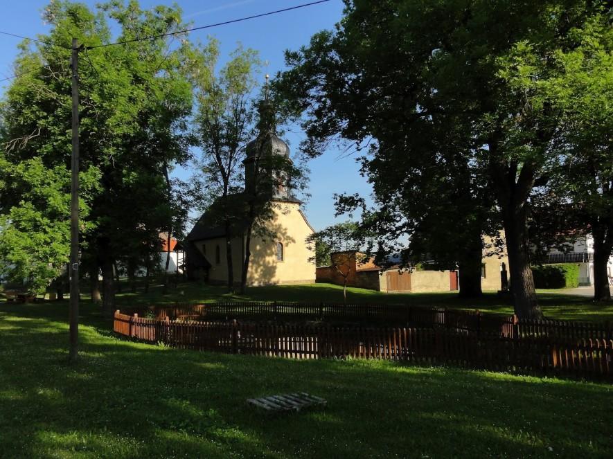 Kirche in Seena