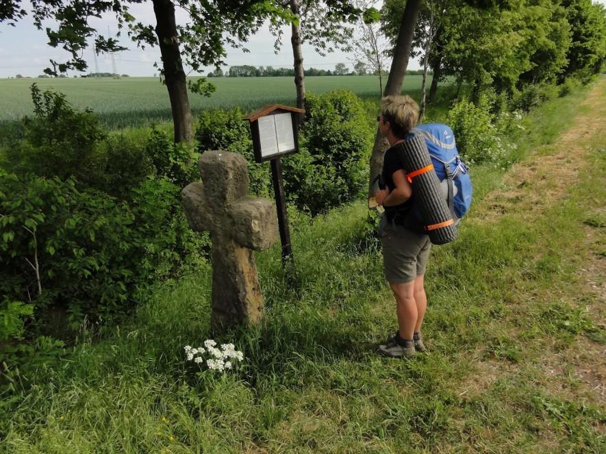 Steinkreuz vor Kleinrettbach