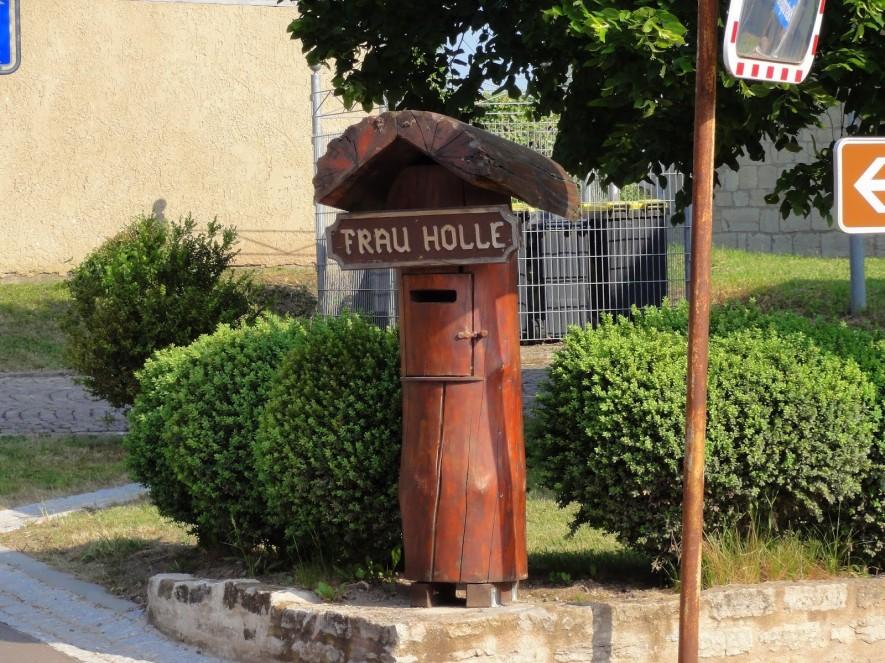 Der Briefkasten von Frau Holle